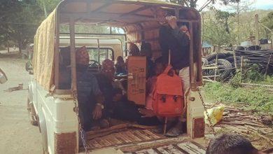 Photo of पैदल हिंडनेलाई लकडाउन कडा, जीपमा गुन्द्री ओच्छ्याएर हिँडन स्थानीय सरकारले नै पास दिने