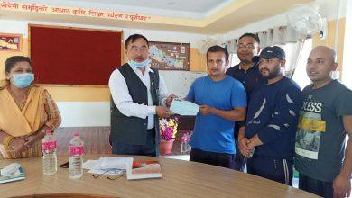 Photo of आँबुखैरेनी समाज काठमाण्डौंद्धारा गाउँपालिकाको राहत कोषमा ५० हजार ५ रुपैंया सहयोग जम्मा ।।