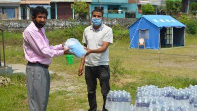 Photo of युवानेता खनाल र पौडेलबाट व्यासको करेनटाइन दमौलीमा ५० कार्टुन पानी सहयोग