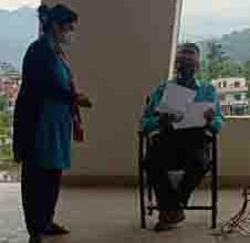 Photo of तलब बृद्धिको माग गर्दै नगरपालिका कार्यालय पुगे स्वास्थ्यका कर्मचारी