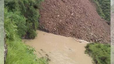 Photo of नाैली खाेला थुनीदा ८० घर जाेखिममा