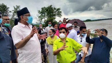 Photo of प्रचण्ड चितवनबाट फर्केपछि प्रधानमन्त्री केपी शर्मा ओलीसँग वार्ता हुने
