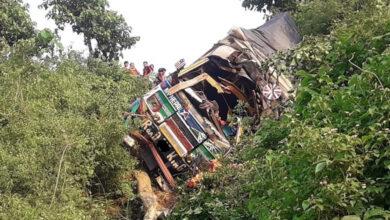 Photo of गैँडाकोटमा ट्रक दुर्घटना, तीन जनाको घटनास्थलमै मृत्यु