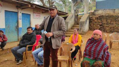 Photo of बन्दिपुर ५ का ३ आमा समुहलाई कुर्सी सहयाेग