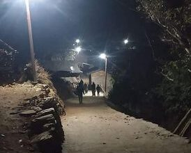 Photo of सडक बत्ति जडानपछि आँबुकोट गाउँ झलमल्ल ।।