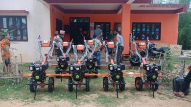 Photo of पालुङटारकाे लिची ब्लक एरियामा १७ हाते ट्याक्टर सहित कृषि सामग्री बितरण