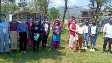 Photo of संक्रमितलाई सघाउन शुक्लागण्डकी ८ को उदाहरणीय काम, घर घरमै स्वास्थ्यकर्मीसहित युवा स्वयंसेवक