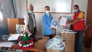 Photo of गाेरखा, तनहुँ र लमजुङ बिभिन्न अस्पतालहरूमा स्वास्थ्य सामग्री बितरण