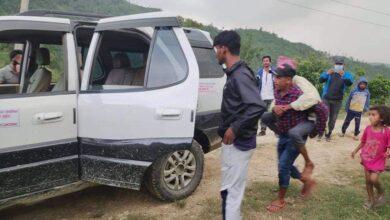 Photo of तनहुँकाे ब्यास नगर जेसिसका अध्यक्ष खनालद्वारा बिपतमा परेकाकाे उद्दार
